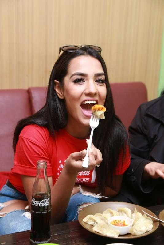 Priyanka Karki Livens Up Coca-Cola Mo:Motsav | New Business Age