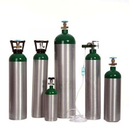 Government to Bring 20,000 Oxygen Cylinders from China