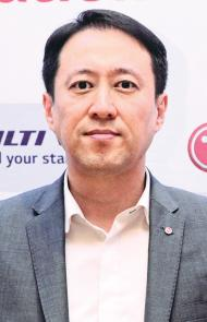 Sean Lee, Product Director Air Conditioning and Energy Solutions of LG Electronics Singapore